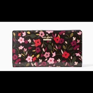 Kate Spade cameron street boho floral stacy wallet